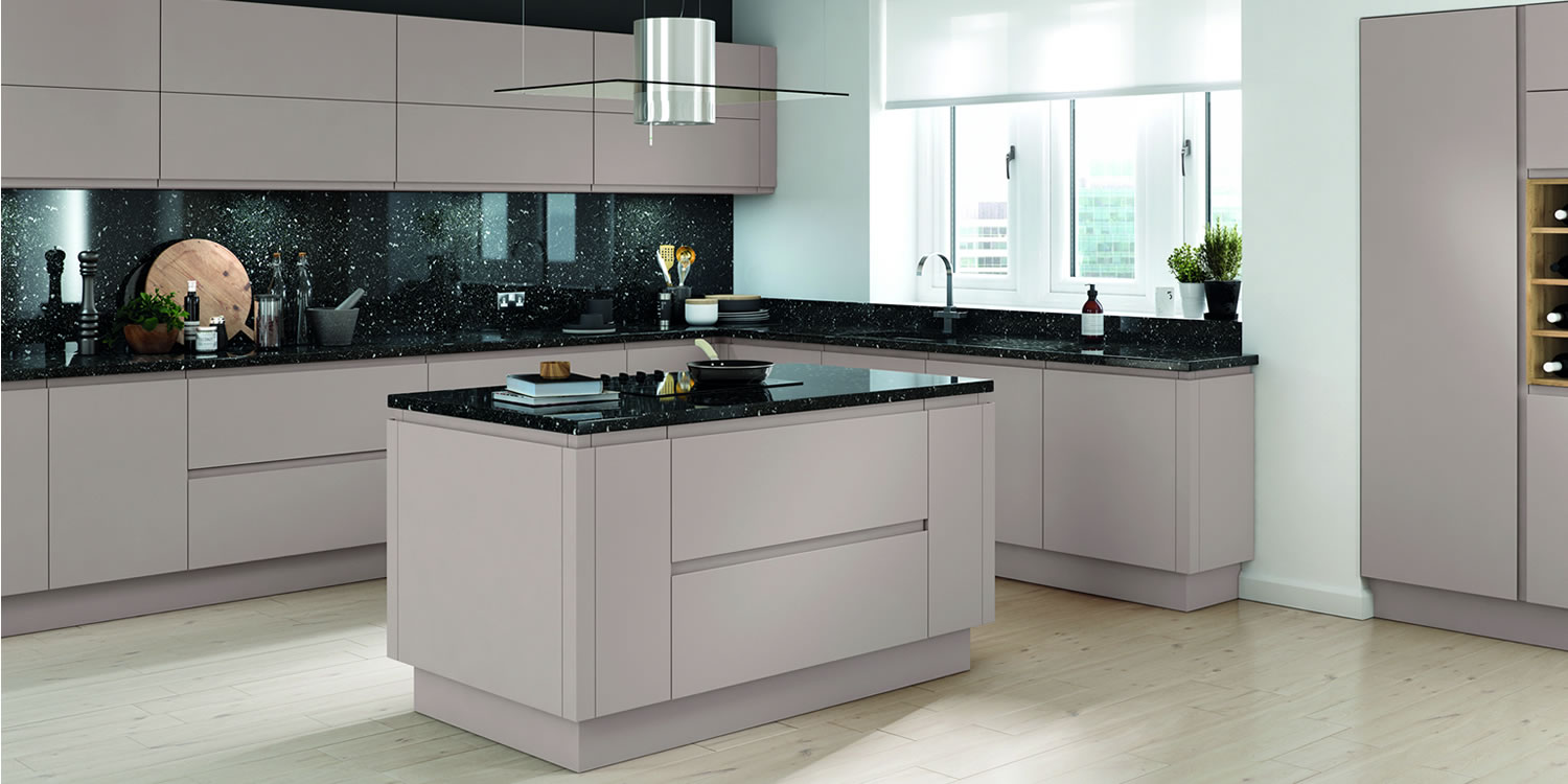 Lucente Cashmere Matt Kitchens